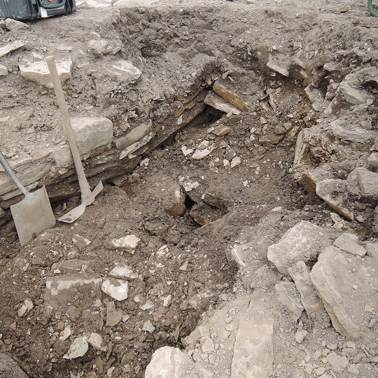 The new wall emerging in Karoline's and Marianne's 'pit', outside the Eastern wall of the broch