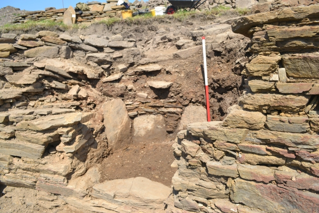 details of the Broch wall-chamber A6 revealed