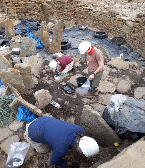 Work continues apace in the broch interior by Sue, Kathryn, Gary and Ross